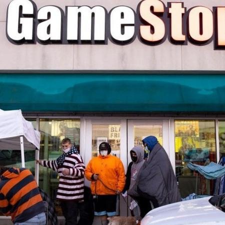 Valor de mercado da rede de lojas GameStop chegou a aumentar 18 vezes este mês - Getty Images