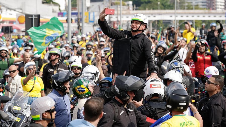 23.mai.2021 - Presidente Jair Bolsonaro durante passeio de moto na cidade do Rio de Janeiro - Alan Santos/Presidência da República/Divulgação