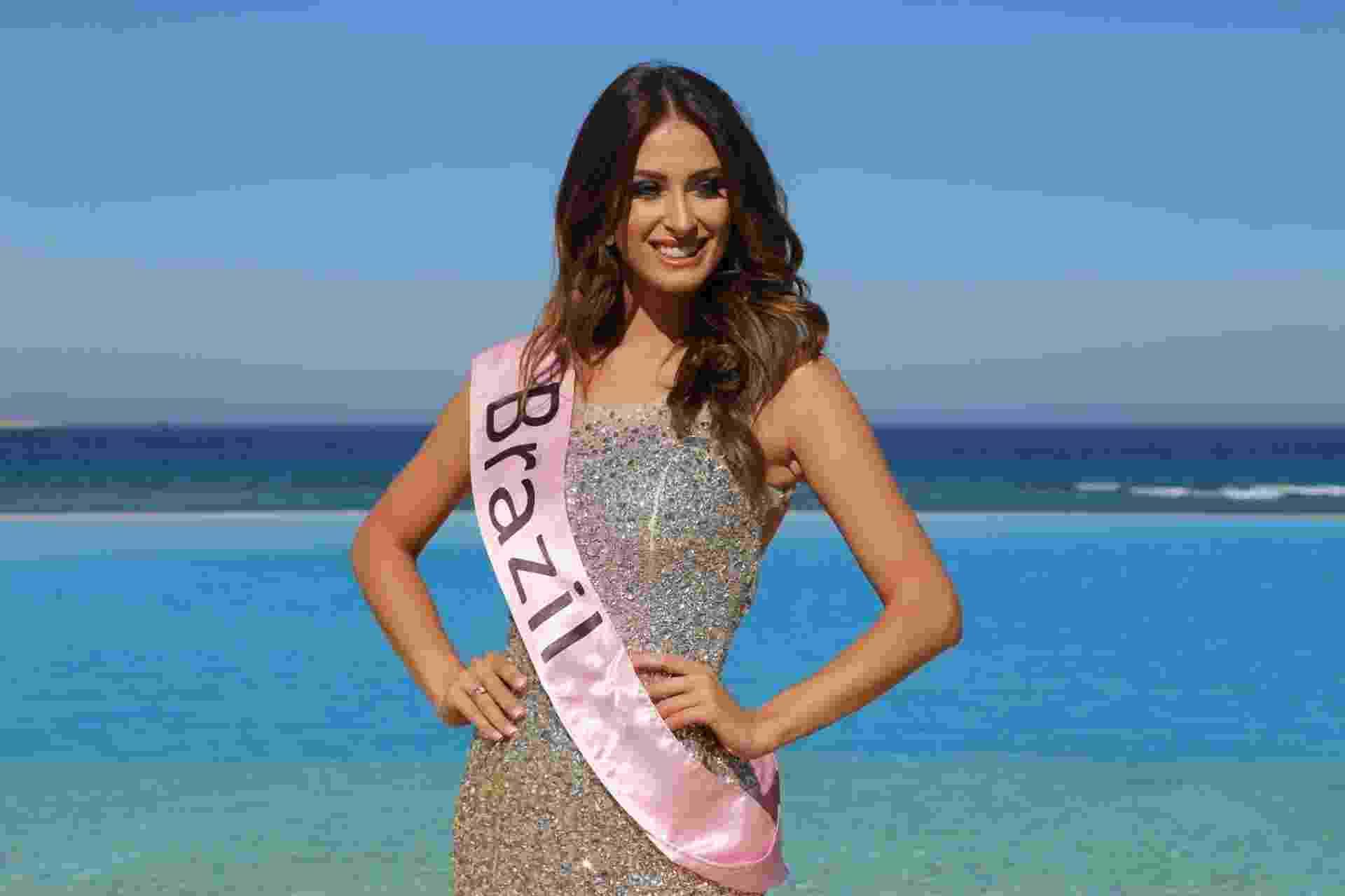 1º.abr.2016 - A Miss Mundo Rio Grande do Sul 2015, e terceira colocada no Miss Mundo Brasil 2015, Lais Berté, está no Egito, onde disputa o título de Miss Eco Universo 2016 - Leonardo Rodrigues/UOL