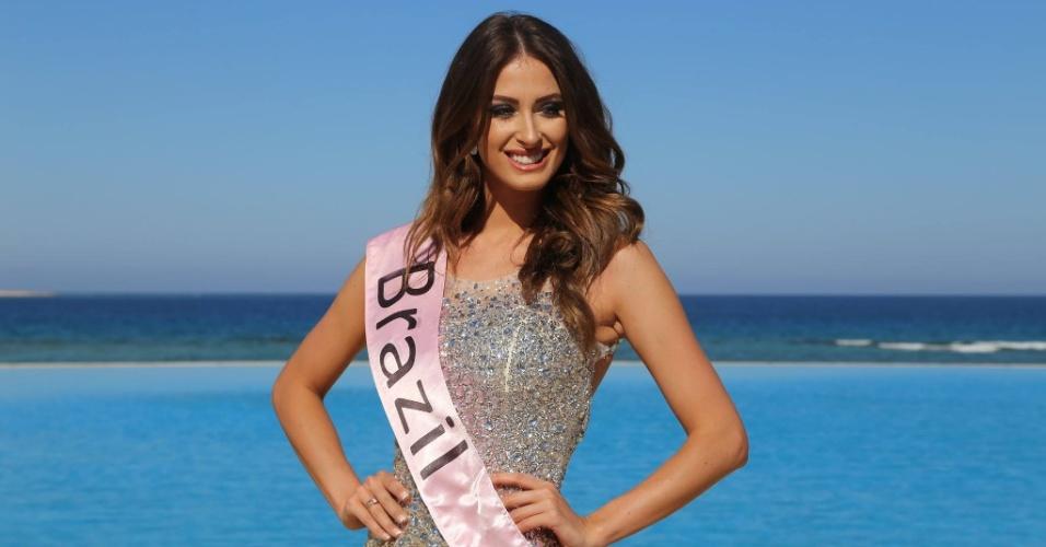 1º.abr.2016 - A Miss Mundo Rio Grande do Sul 2015, e terceira colocada no Miss Mundo Brasil 2015, Lais Berté, está no Egito, onde disputa o título de Miss Eco Universo 2016