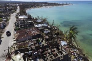 9.out.2016 - Vista aérea de Port-Salut após passagem do furacão Matthew
