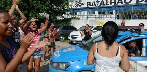 Houve boatos de que um grupo de assaltantes atuava na Baixada Fluminense; PM diz ser mentira