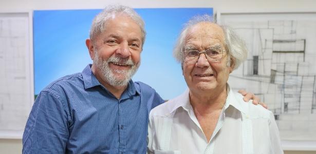 O ex-presidente Lula e o ativista argentino Adolfo Pérez Esquivel, Nobel da Paz em 1980