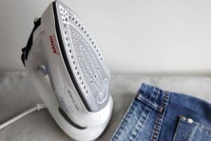Sonho de consumo: testamos o ferro que não queima a roupa (Foto: Mirella Luiggi/UOL)