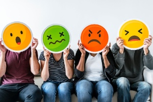 Da arma à salada: quais emojis mudaram após polêmica e pressão popular (Foto: Getty Images/iStockphoto)