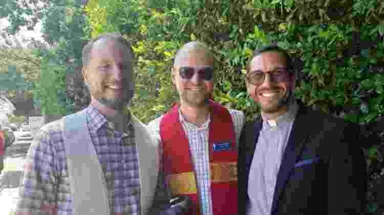 Três sacerdotes de igrejas protestantes progressistas endossavam ontem o movimento nos Estados Unidos contra a política educacional de Bolsonaro, contra declarações do presidente sobre direitos LGBT e demarcações de terras indígenas - João Fellet/BBC News Brasil