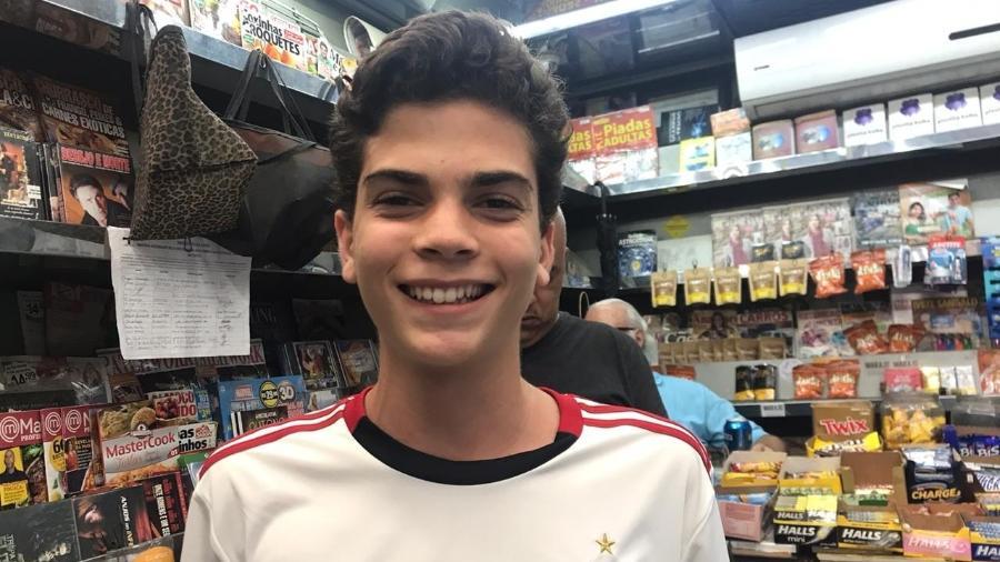 Jovem saiu apressado para ver o jogo do Flamengo - Marina Lang/UOL