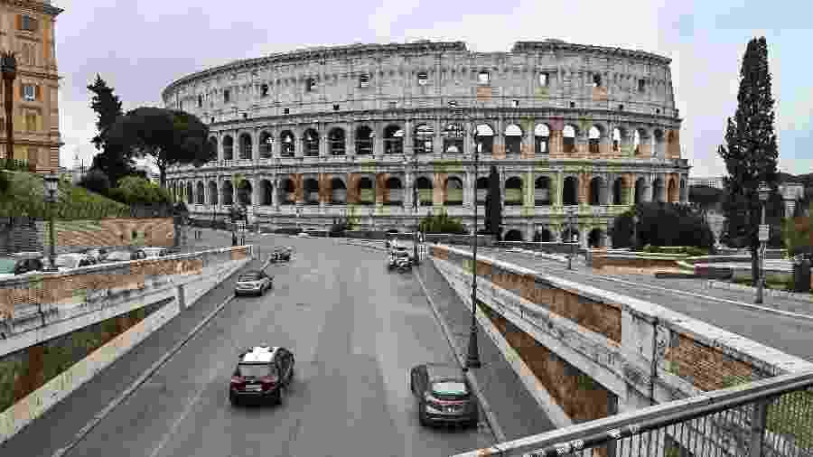 Arredores do Coliseu, em Roma - Andreas Solaro/AFP