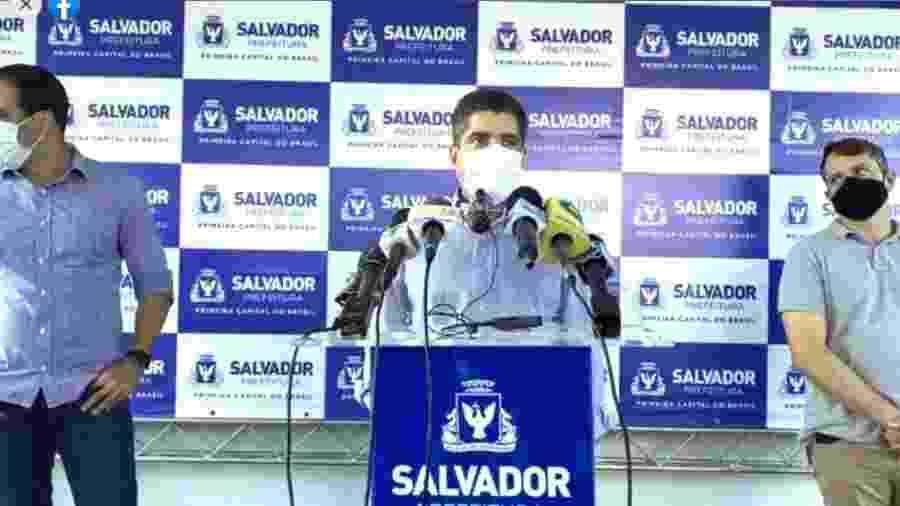 O prefeito de Salvador , ACM Neto (DEM), durante coletiva de imprensa para falar sobre a pandemia do coronavírus - Reprodução/Facebook
