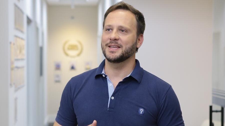 O empresário Adriano Silva foi eleito prefeito de Joinville - Divulgação