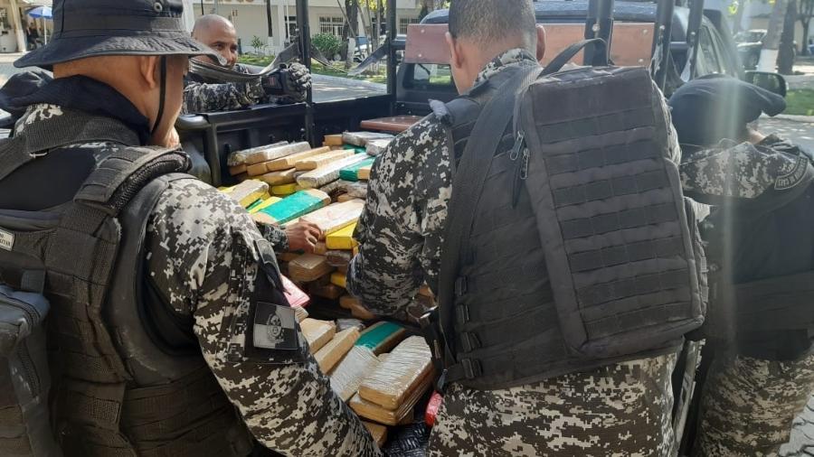 Mais de uma tonelada em drogas foi apreendida em operação no Complexo da Penha - Divulgação/Polícia Civil