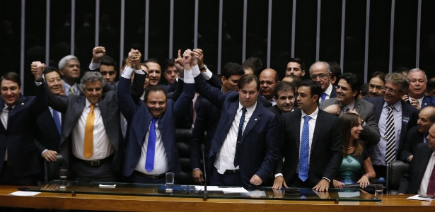 Câmara aprovou pacote anticorrupção após mudanças feitas em comissão