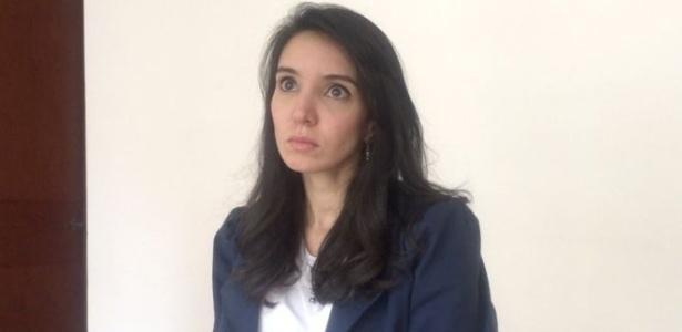 A jornalista colombiana Diana López, 31, tinha 10 anos quando o pai foi assassinado - BBC