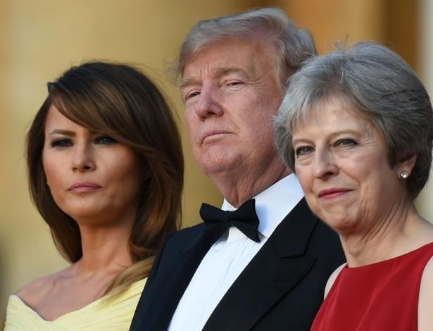 Melania Trump, Donald Trump e Theresa May, no Palácio de Blenheim, em Londres