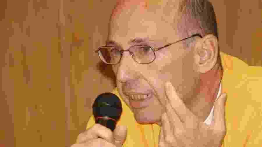O doleiro Najun Turner durante depoimento à CPMI dos Correios, em 2005 - Wilson Dias / Agência Brasil