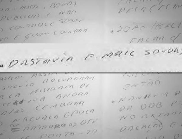 """A Polícia Federal informou à Justiça ter apreendido um bilhete manuscrito do empresário Marcelo Odebrecht. O bilhete contém a expressão """"destruir e-mail sondas"""" - Reprodução/Polícia Federal/Arte UOL"""
