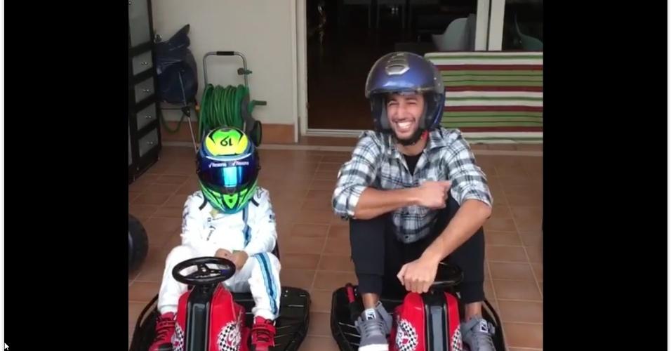 """Como 2016 também foi o ano em que o Facebook Live surgiu, o Facebook compartilhou pela primeira vez a lista dos vídeos ao vivo brasileiros mais assistidos. No quinto lugar houve um empate técnico. Um dos vídeos foi """"Felipinho vs Ricciardo Race"""", com o filho do piloto Felipe Massa, com mais de 4,9 milhões de visualizações"""