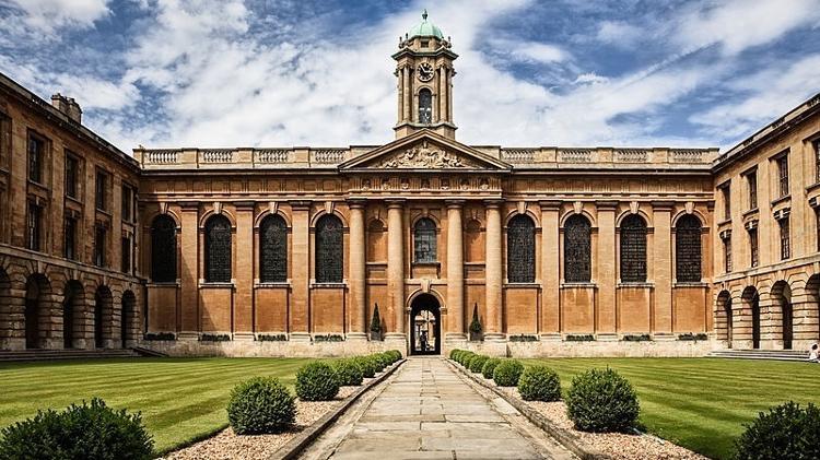 The Queen's College, Universidade de Oxford - Wikimedia