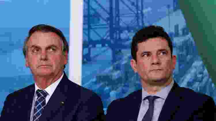 O presidente Jair Bolsonaro e o ministro Sergio Moro (Justiça) - Carolina Antunes - 18.dez.19/PR