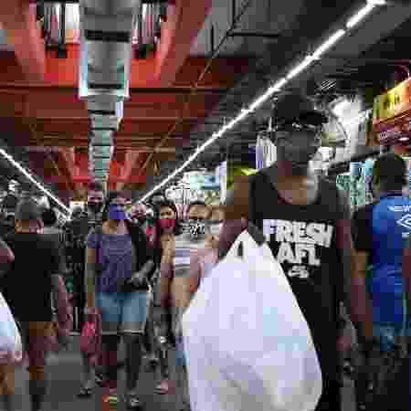 Movimentação no Mercadão de Madureira, centro de comércio popular, no subúrbio da cidade do Rio de Janeiro - Dikran Junior/AGIF