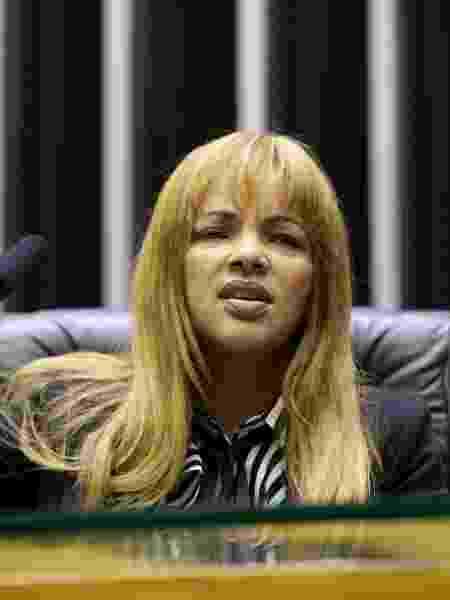 A deputada federal Flordelis (PSD-RJ) durante sessão na Câmara, em maio de 2019 - Michel Jesus/Câmara dos Deputados