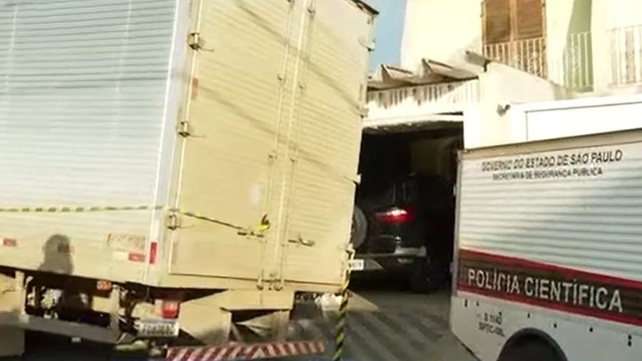 Pai e filho foram baleados enquanto saíam para trabalhar no Jardim Ester Yolanda, em São Paulo - Reprodução/TV Globo