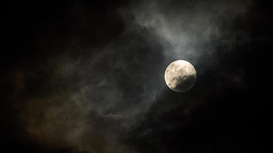 Lua cheia acontece a partir de hoje (20) - IGOR DO VALE/ESTADÃO CONTEÚDO