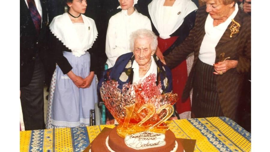 A francesa Jeanne Calment morreu aos 122 anos e entrou para o livro dos recordes - Reprodução/Guinness World Records