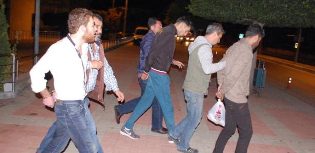 Turquia prende suspeitos de envolvimento nos ataques de Paris - Ihlas News Agency/AFP