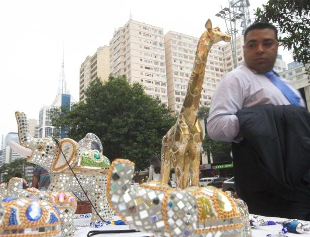 Prefeitura separou apenas 50 espaços para artesãos na avenida Paulista