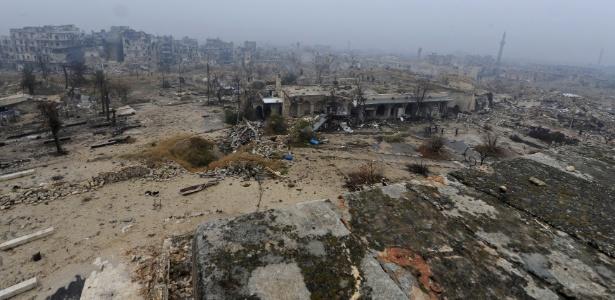 Cidade de Aleppo, na Síria, foi devastada pelas disputas armadas na região - Omar Sanadiki/ Reuters