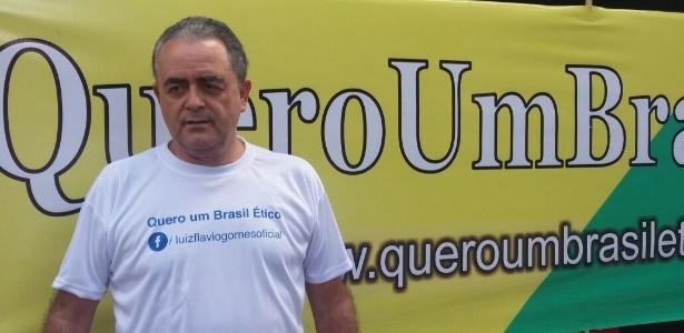 O advogado Luiz Flávio Gomes, 59, que criou seu grupo para protestar