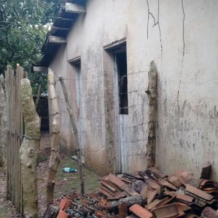 Local em Uruburetama onde a mulher foi mantida em um cômodo de 3x3 metros, sem iluminação e ventilação precária - Divulgação/Polícia Civil do Ceará