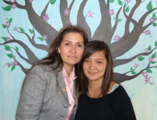 Vírginia Isaias (à esq.) e a filha (à dir.) foram sequestradas e passaram três meses em poder de uma quadrilha de traficantes