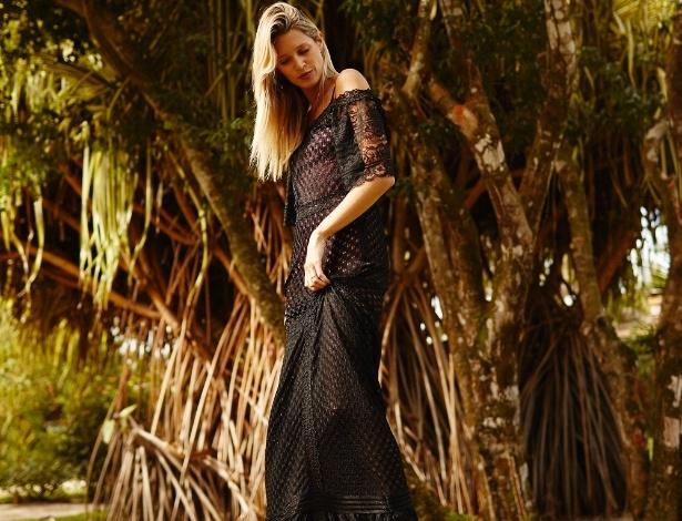 Renata Campos vestido longo de tricô e renda