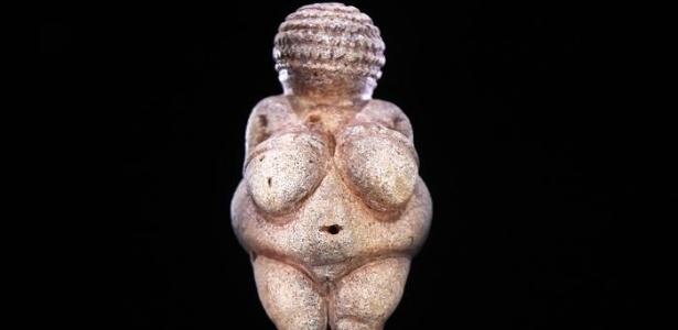 """Para Museu de História Natural de Viena, Vênus de Willendorf é um """"símbolo de fertilidade pré-histórico"""""""