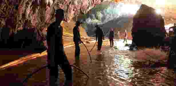 Caverna - AFP - AFP