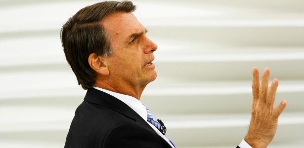 O candidato à Presidência pelo PSL, Jair Bolsonaro, participa do programa Roda Viva