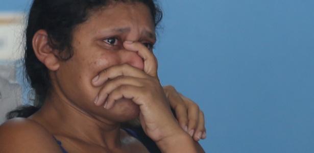27.set.2018 - Conceição dos Santos, mulher do chefe de cozinha Francisco Peres, que foi morto ao tentar proteger o filho durante roubo de celular no Rio - Fabiano Rocha/Agência O Globo