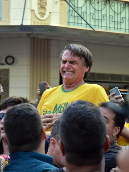 Bolsonaro é esfaqueado durante campanha em Juiz de Fora (MG) - Raysa Leite/Folhapress