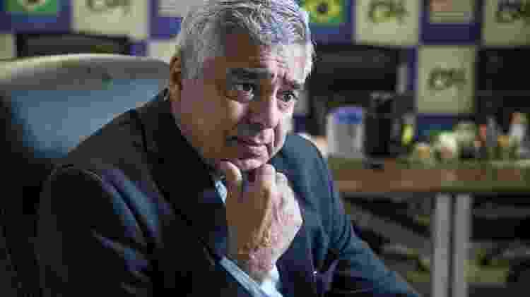 O líder do PSL no Senado, Major Olímpio (SP), formulou PEC para mudar data das eleições e busca mais apoio - Simon Plestenjak/UOL