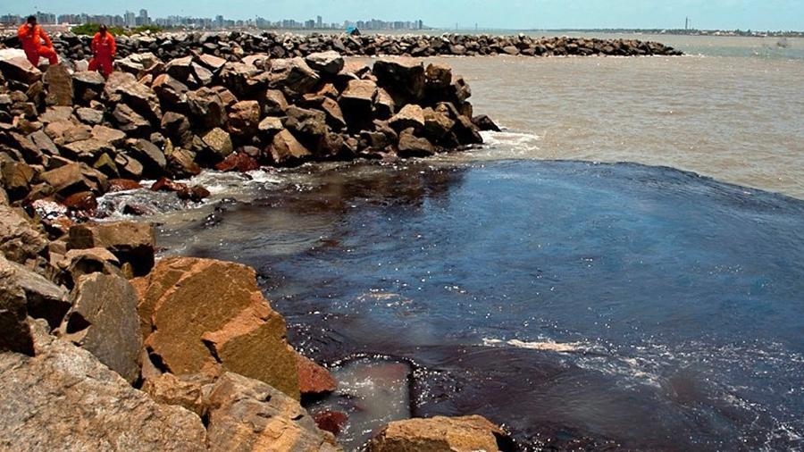 Segundo a Adema (Administração Estadual do Meio Ambiente), esta é a maior concentração da substância já encontrada nos nove estados nordestinos afetados pelo derramamento de petróleo cru desde setembro - Divulgação/Adema