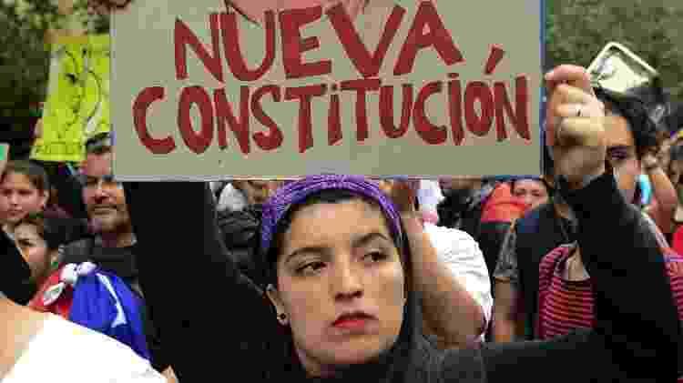 Pela primeira vez, a Assembleia Constituinte do Chile será paritária, com número igual de homens e mulheres - Getty Images - Getty Images
