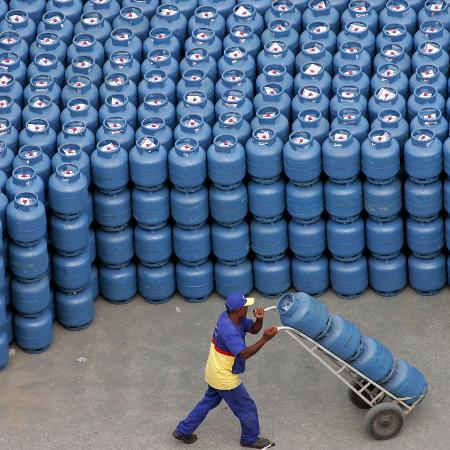 Preço do gás de cozinha aumentou quase 14% entre janeiro e junho de 2021 - Caetano Barreira/Reuter