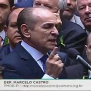 Marcelo Castro se licenciou do Ministério da Saúde para votar contra o impeachment
