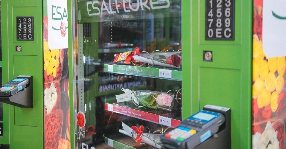 Máquina da Esalflores, que vende flores em máquinas automáticas, como as de refrigerantes