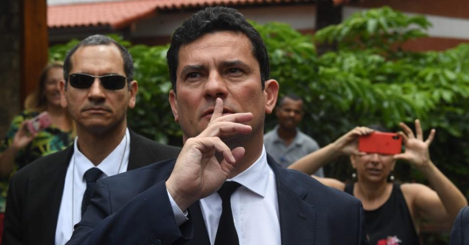 01.nov.2018 - Juiz Sergio Moro após conversar com presidente eleito Jair Bolsonaro (PSL)