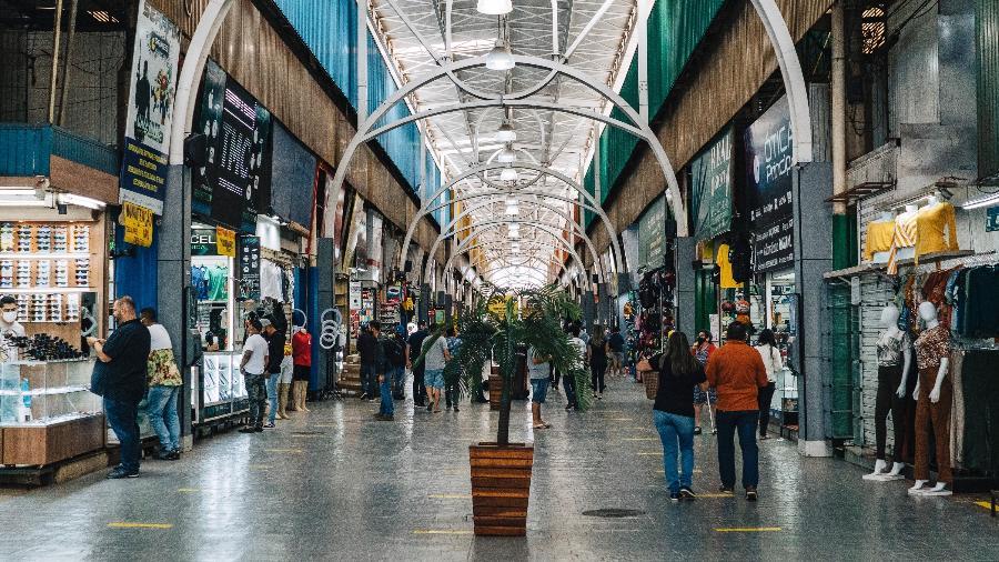 Vista geral da Feira dos Importados, área de comércio popular em Brasília - RICARDO JAYME/AGIF - AGÊNCIA DE FOTOGRAFIA/ESTADÃO CONTEÚDO
