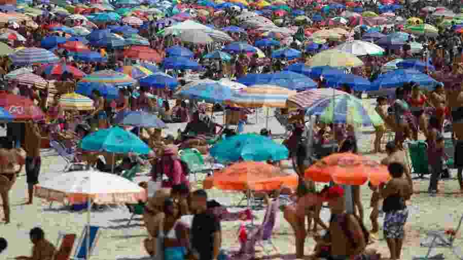 Praias no Rio de Janeiro continuam lotadas nos últimos finais de semana - GILVAN DE SOUZA/AGÊNCIA O DIA/AGÊNCIA O DIA/ESTADÃO CONTEÚDO