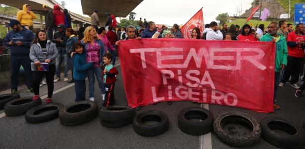 Protesto em abril contra Temer em São Paulo